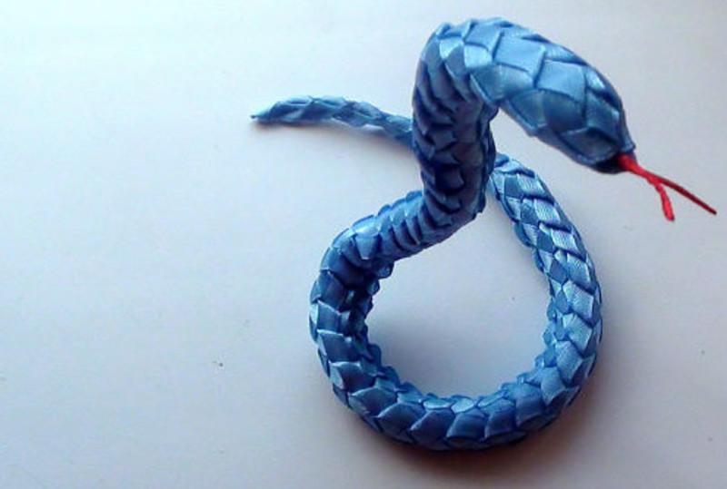 Плетеная кобра из р класс - Как сделать в домашних условиях