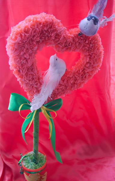 класс,торцевание,топиарий,своими руками,подарки,День Всех Влюбленных,День Святого Валентина,поделки с детьми,детские поделки,14 февраля,украшения для дома,пошаговое фото,обьемная аппликация из бумаги