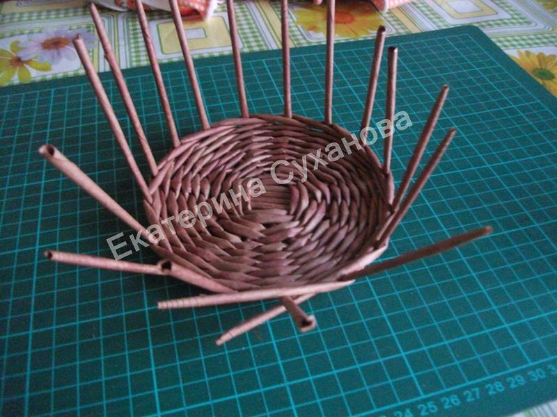 пошаговая инструкция по плетению корзин из газетных трубочек